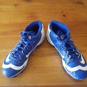 Nike Cleats - 6y
